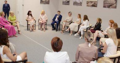 Станислав Воскресенский обсудил вопросы поддержки предпринимательства в регионе с представительницами бизнес-сообщества