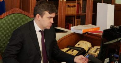 Станислав Воскресенский поручил главам муниципалитетов взять на личный контроль решение вопросов жителей по отопительному сезону