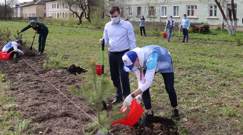 Губернатор области принял участие в закладке «Сада Памяти»